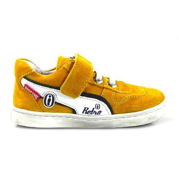 Bestel de leukste Shoesme kinderschoenen online bij Wijsneus! In deze webshop vind je veel hippe schoenen voor jongens en meisjes. Shoesme heeft ook deze periode weer een mooie collectie met een goede pasvorm. Het zijn dus schoenen die lekker zitten en ook nog heel mooi zijn.