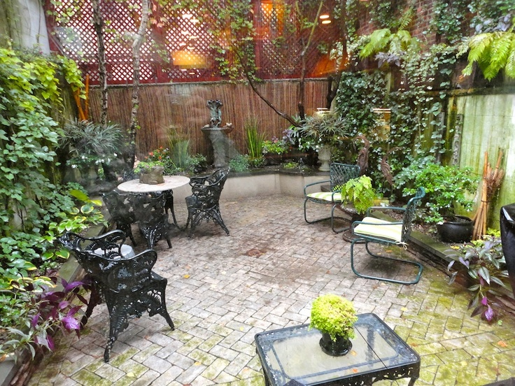 Gardens By Robert Urban   Townhouse Backyard Spaces