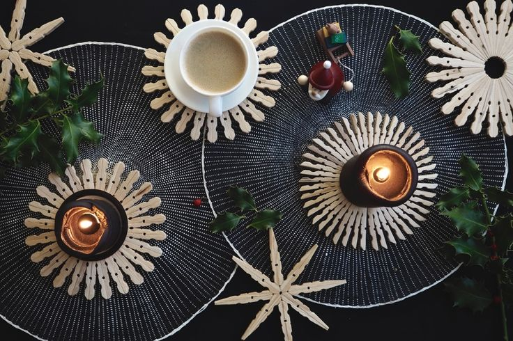 DIY idea with clothespins - Christmas decoration - Home decor -  candle plate and trivet
