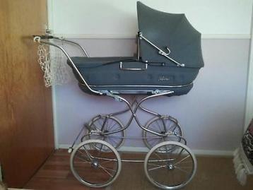 Ouderwetse Hartan kinderwagen
