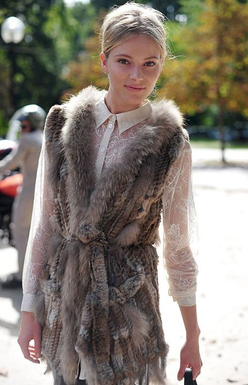 a fur vest is the perfect way to layer for fall: