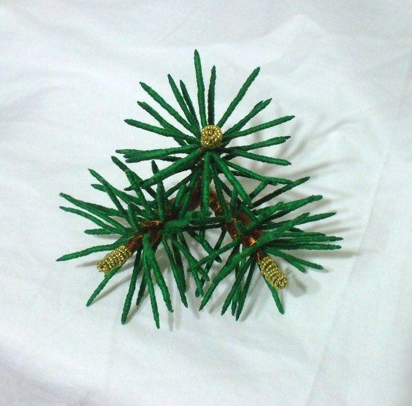 Pine needle kanzashi by EruwaedhielElleth.deviantart.com on @DeviantArt