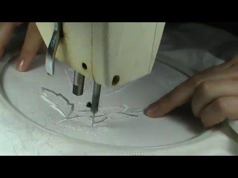 Машинная вышивка Вышивка белым шелком по белому льну Рукоделие - YouTube