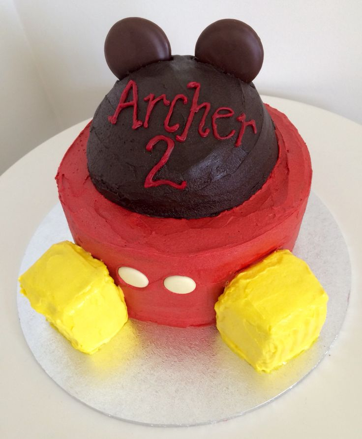 Mickey Mouse cake for a lovely 2 year old.