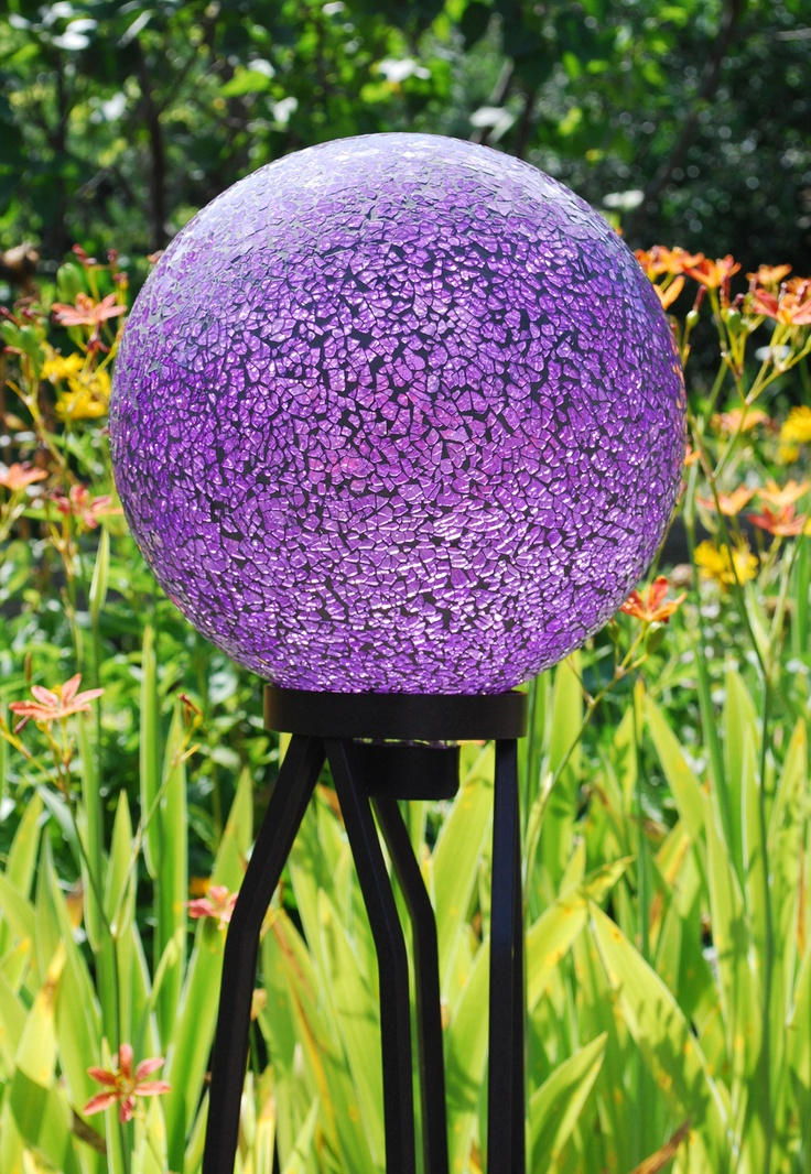 Echo Valley   Quality Home And Garden Products   Mosaic Gazing Globe Great  Website For Garden Ornaments!