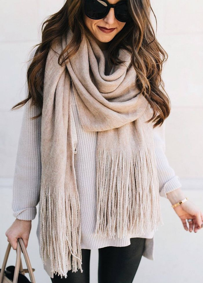 what to wear with a nude scarf : white sweater + bag + black skinnies