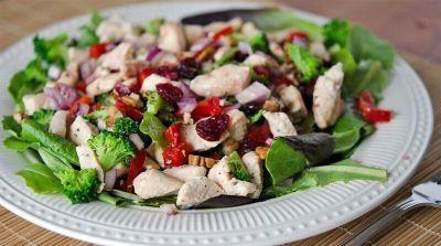 Better than the Freezer Aisle: Lean Cuisine Copy Cat Cranberry Pecan Chicken Salad Topper