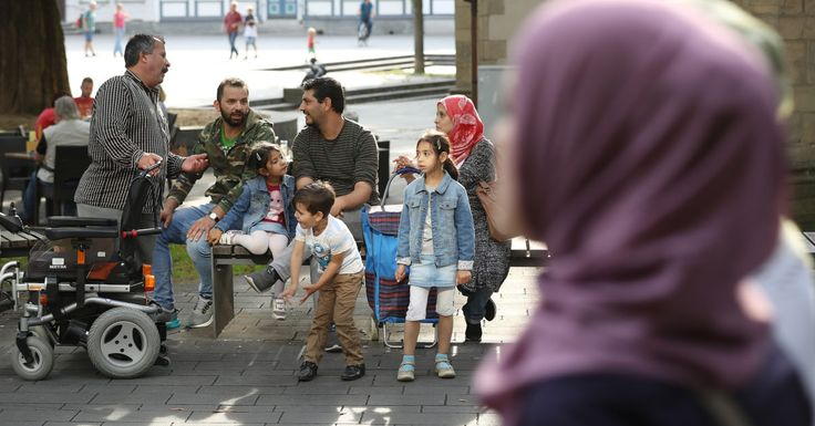 Germany should look to Europe to solve refugee problem, says Weber