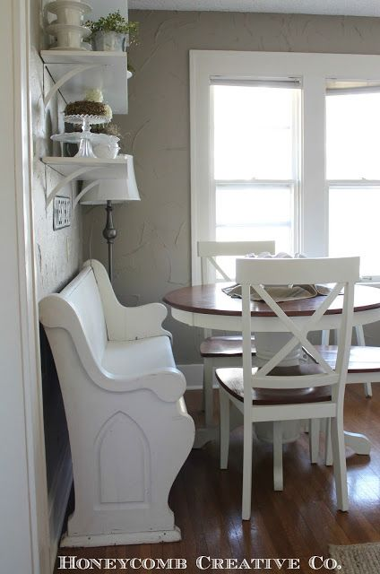 Great Idea For A Cottage Seating Area