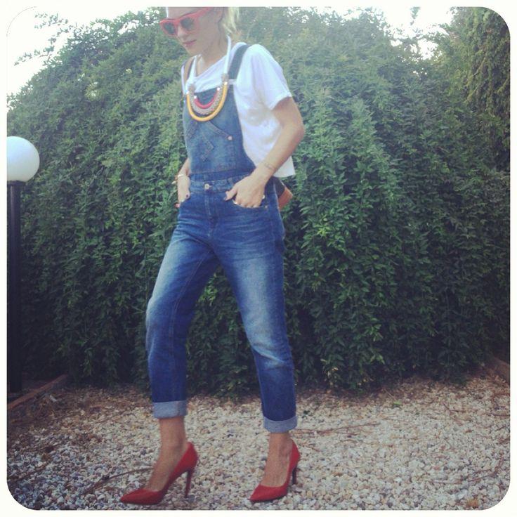#Zara red pumps + #PullandBear dungarees=❤ Details on--> www.thefthing.wordpress.com