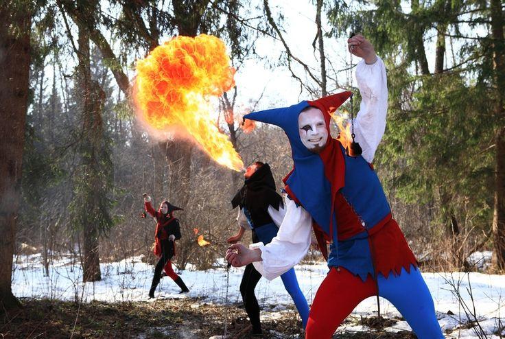medieval theatre, carnival, dance, workshops, interaction, public,