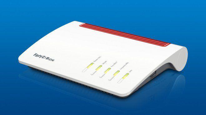 FRITZ!Box 7590 ufficiale: ecco il nuovo modem/router di ultima generazione https://www.sapereweb.it/fritzbox-7590-ufficiale-ecco-il-nuovo-modemrouter-di-ultima-generazione/        FRITZ!Box 7590 è adesso ufficiale anche in Italia. Si tratta della sintesi perfetta tra design elegante e tecnologia dell'azienda Funziona con qualsiasi connessione DSL ed è già predisposto per quelle future: grazie all'integrazione VDSL supervectoring 35b raggiunge una velocità...