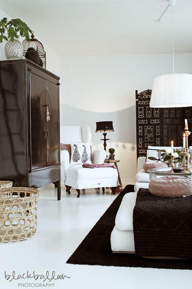 Asian Living Room Design Stunning Decorating Design