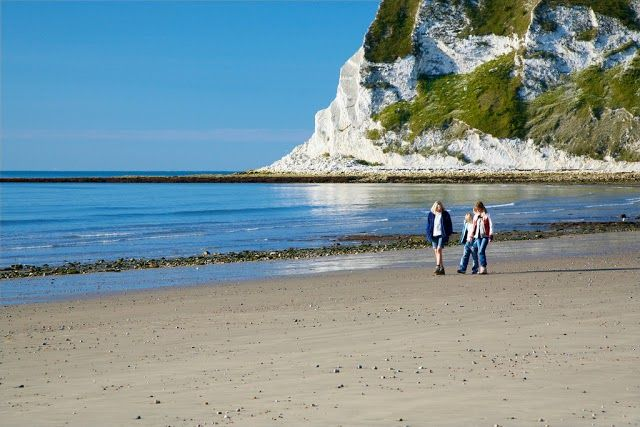 Long stretch of sandy beach.  Whitecliff Bay Holiday Park  https://www.campsitechatter.com/campsites/pinboard/Woolacombe-Sands-Holiday-Park/5779562952439790689