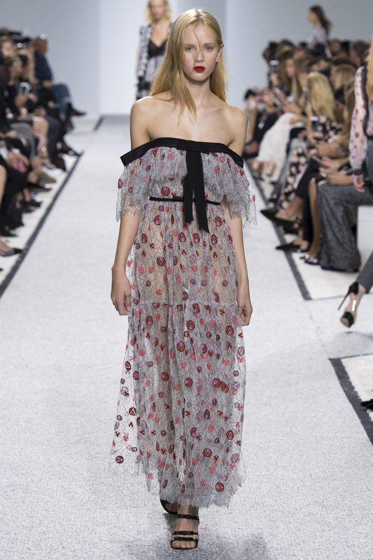 Giambattista Valli Spring 2017 -- Is it supposed to be falling off the model? What could've been cute, looks raggedy here because the fit is not right. No appeal.