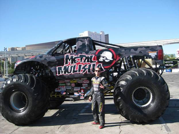 "lifted Ford ""Monster Trucks"""