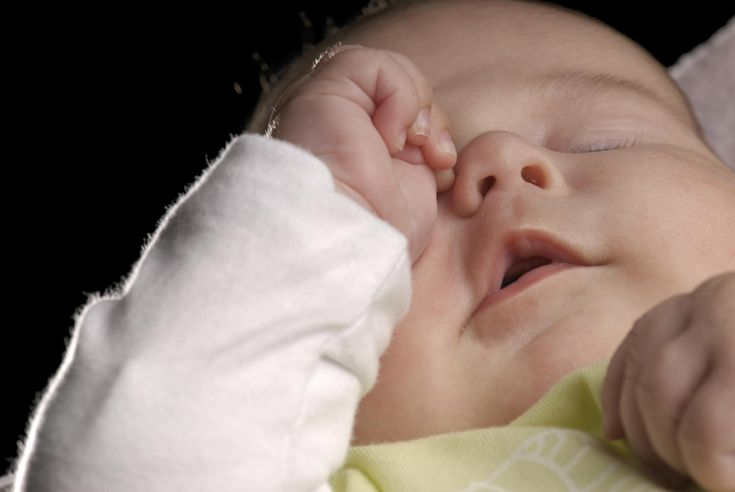 Signs of teething: photos - BabyCentre