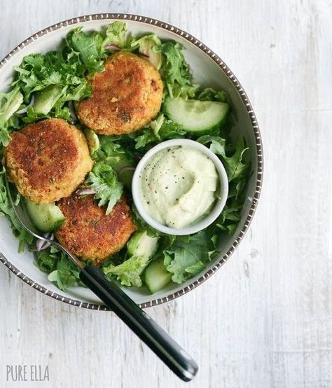 Croquettes pois chiches curcuma - 9 idées de plats vegan à faire en moins de 20 minutes - Elle à Table