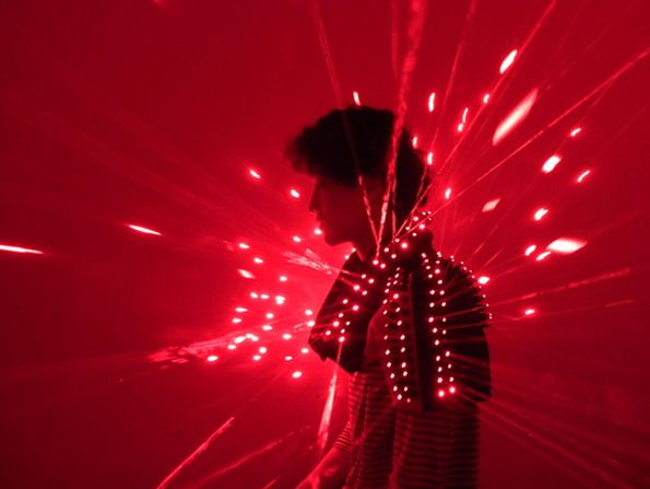 Creativity Bytes: A Brief Guide To Wearable Technology | The Creators Project (Wei-Chieh Shih's lazer jacket.)
