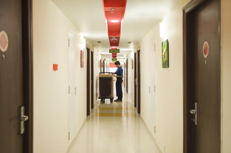 Way to the Rooms!
