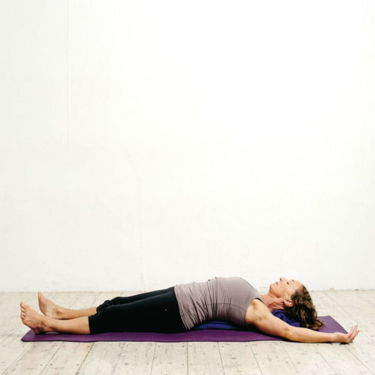 Relaxation finale 3/3 (cadavre)   Yoga du soir, Yoga et ...