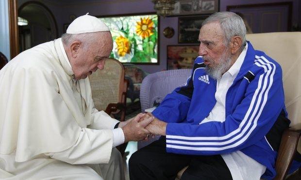 Πάπας Φραγκίσκος: Λυπηρή είδηση ο θάνατος του Φιντέλ Κάστρο: «Λυπηρή είδηση» χαρακτήρισε ο πάπας Φραγκίσκος τον θάνατο του Φιντέλ Κάστρο,…