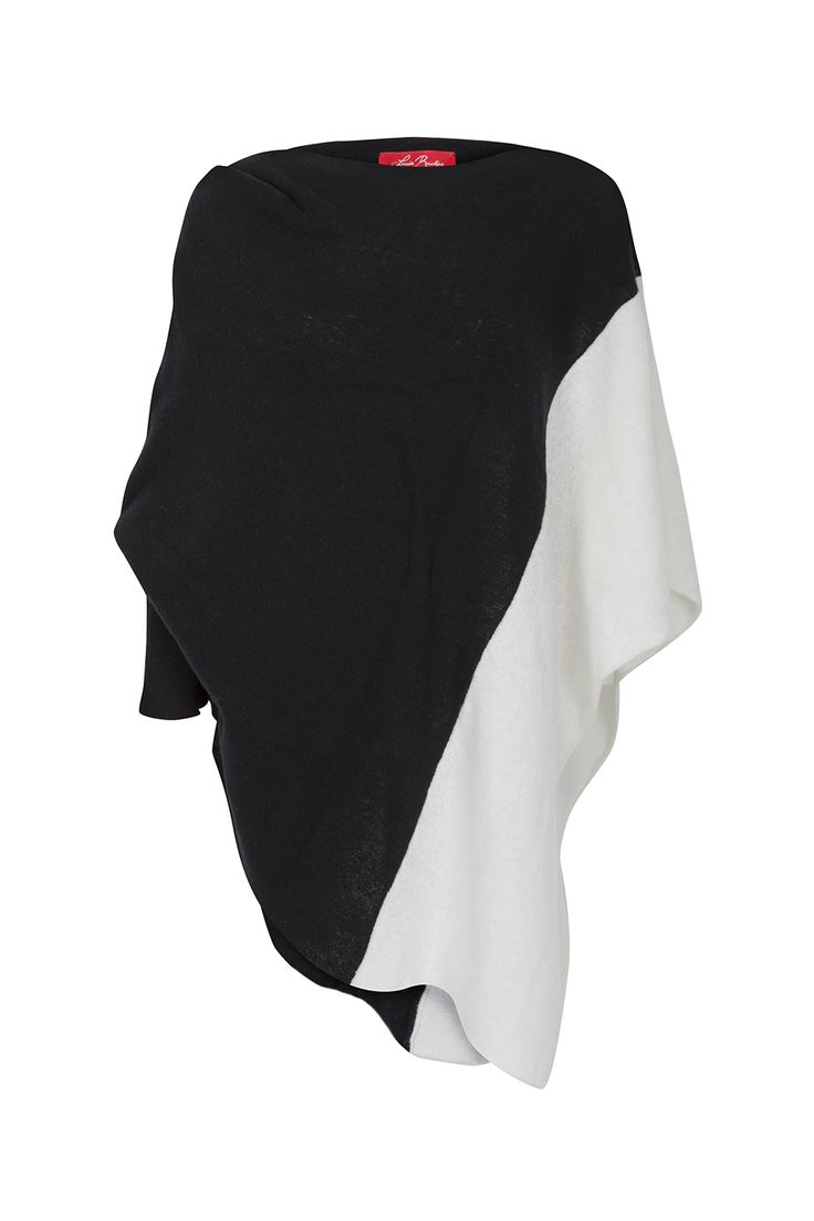 Black and White B&W Lambswool Diamond Shawl from the Louise Rawlins Spring Knitwear Collection 2015. Made in Ireland, with Italian Yarn. €225 on www.louiserawlins.ie