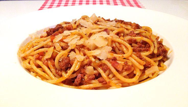 Spaghetti ragu alla bolognese | Het lekkerste recept vind je op AllesOverItaliaansEten