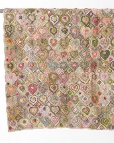 商品番号:sd2a-3786co-pr  and now for something completely different - a Sophie baby blanket.  Wowzers.  I cannot begin to imagine how this is crocheted!  Unusual to say the least