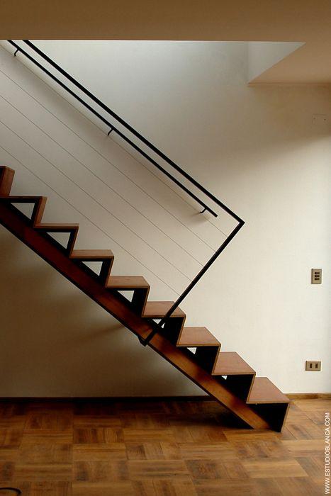 casa munoz | stair ~ blanca