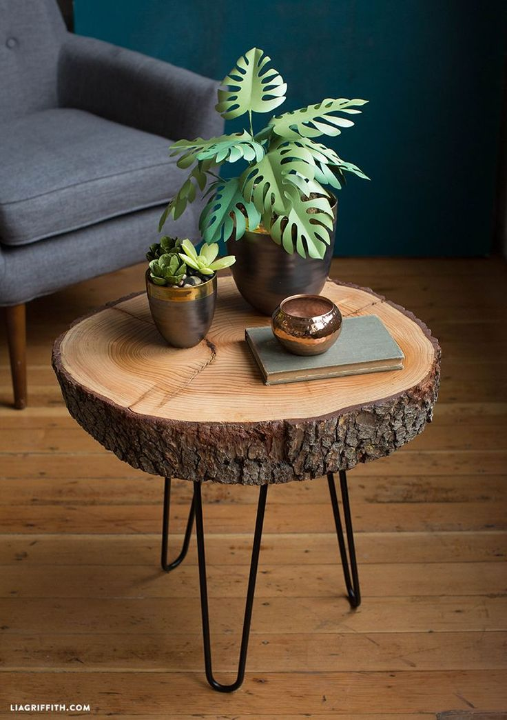 DIY Wood Slice Table You really only need a few ma…