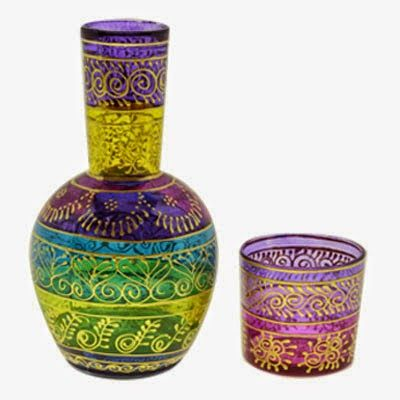 DIY: Garrafa e copo pintados com verniz vitral
