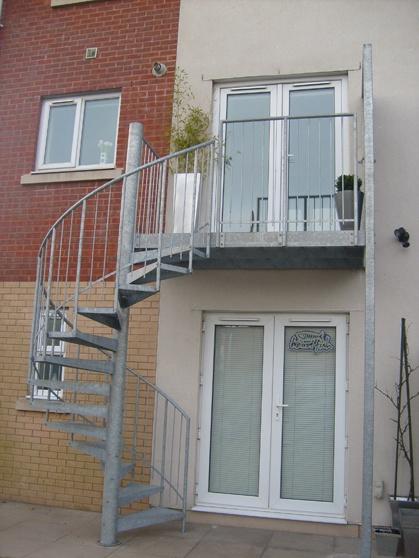 Fire Escape Balcony Ideas 3