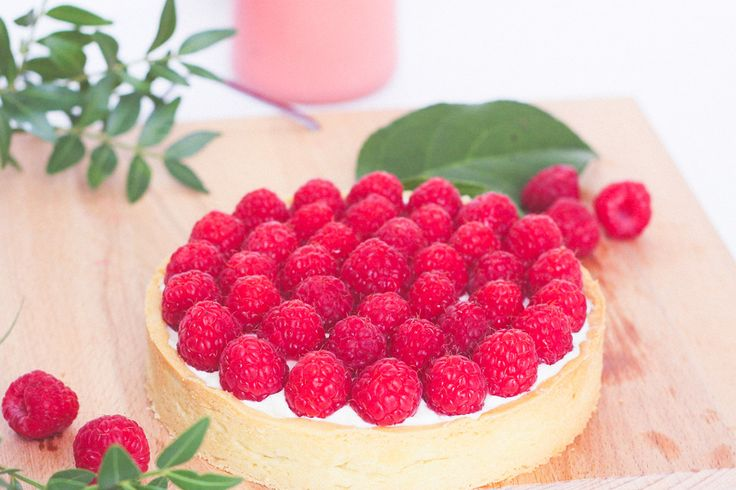 Recette tarte fruits rouges framboise chocolat blanc chantilly mascarpone, pâte sablée à l'amande - Blog lifestyle Dollyjessy