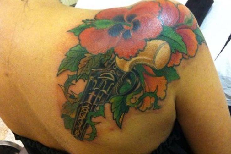 PMP Tattoo Parlour By Ylenia #tattoo #tattoos #flowers #mix #happy #now #new #guns #project #love #tattoolove #colors #tattooboy #tattoogirls #pmptattooparlour #instagood #instacool #instagramhub #next #darktattoo #inked #next #day #facebook#cool #happy #love @yleniacurotti_pmp @pmp_tattoo_parlour