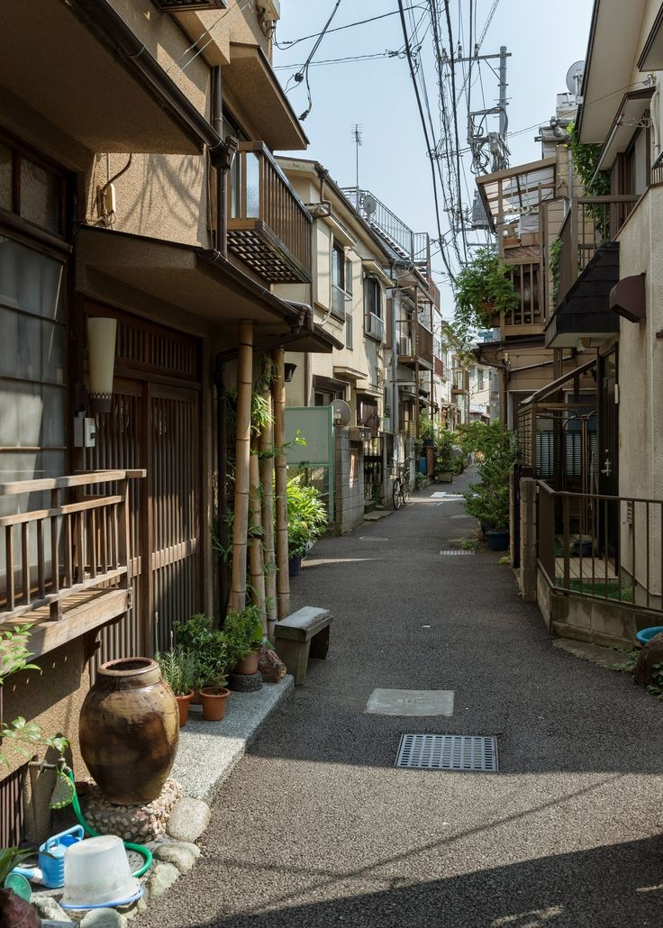 Quiet street in Toyko