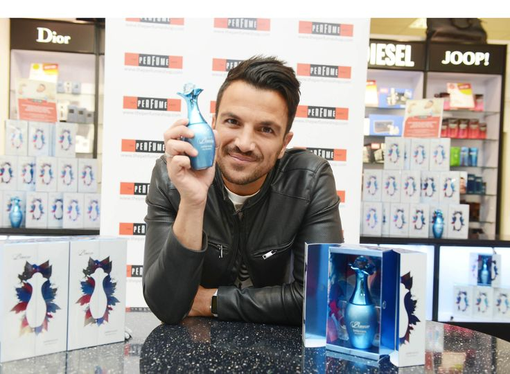 Peter Andre was at The Perfume Shop at Boundary Mill, Catcliffe recently to meet fans and sign his perfume 'Breeze'.
