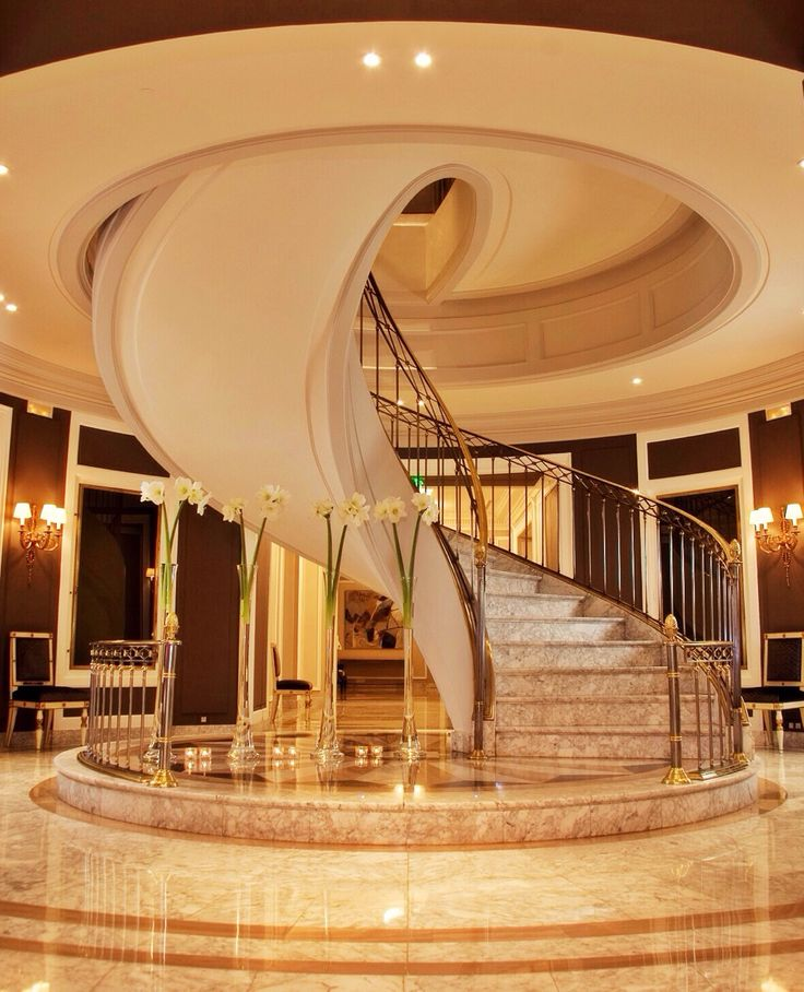 1000 Ideas About Luxury Staircase On Pinterest Spiral