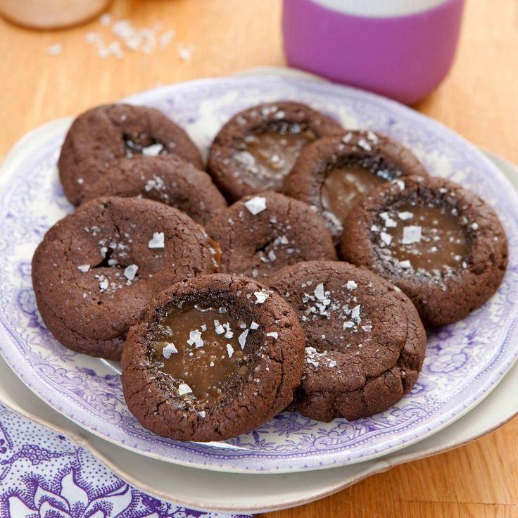 Makalöst goda kakor med choklad, lakritskola och flingsalt.