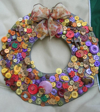 Button wreathAutumn Buttons, Crafts Ideas, Buttons Crafts, Fall Etsy, Fall Autumn, Buttons Wreaths, Etsy Wreaths, 20 Fall, Multi Colors Fall