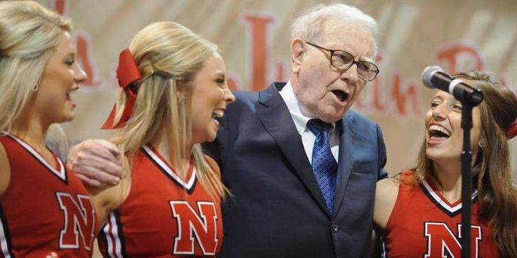 Warren Buffett Will Give You $1 Billion If You Fill Out A Perfect 'March Madness' Bracket