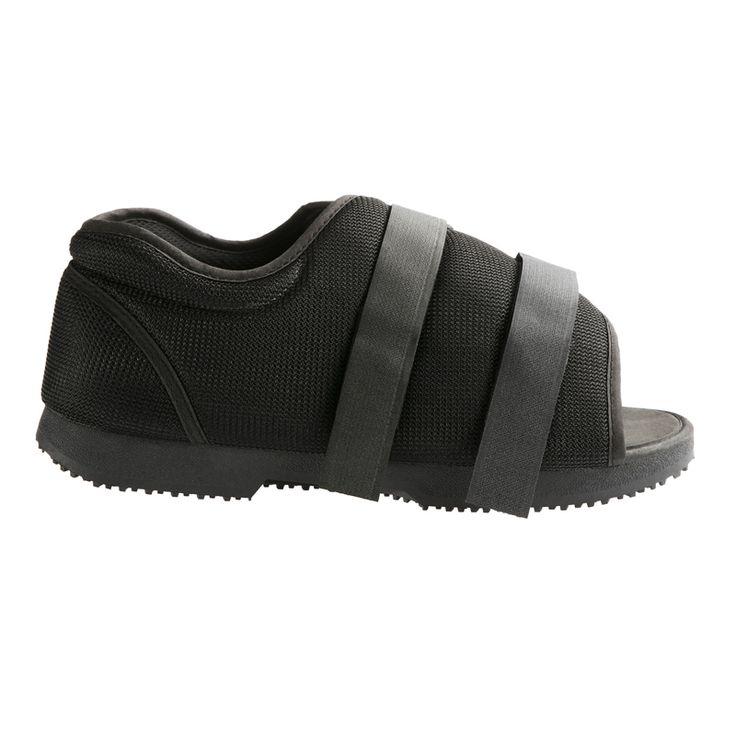 Sapato Pós-Cirúrgico,tanto serve no pé esquerdo como no pé direito. Tem velcros ajustáveis para ser usado mesmo com o pé ligado ou inchado.