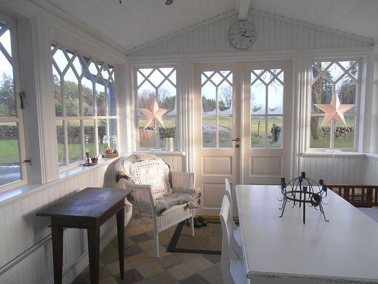 Bildresultat för glasveranda trähus