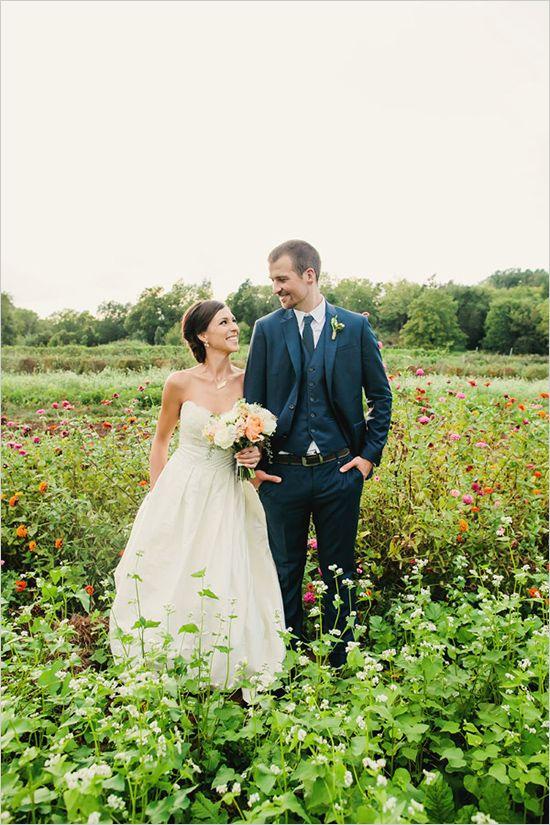 teale photography #tennesseewedding #weddingchicks http://www.weddingchicks.com/2013/12/27/family-affair-wedding/