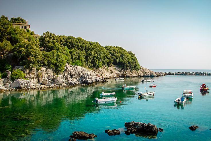 Αν και χειμερινός προορισμός, όποιος πάει στο Πήλιο καλοκαίρι διαπιστώνει ότι έχει και μοναδικές παραλίες, που θα ζήλευαν ακόμα και τα…