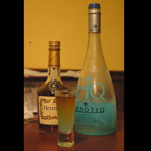 Hpnotiq And Pineapple Juice Drinks