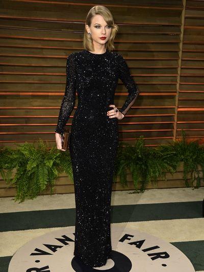 Taylor Swift in Julien Macdonald - De jurken @ Vanity Fair Oscars Party 2014