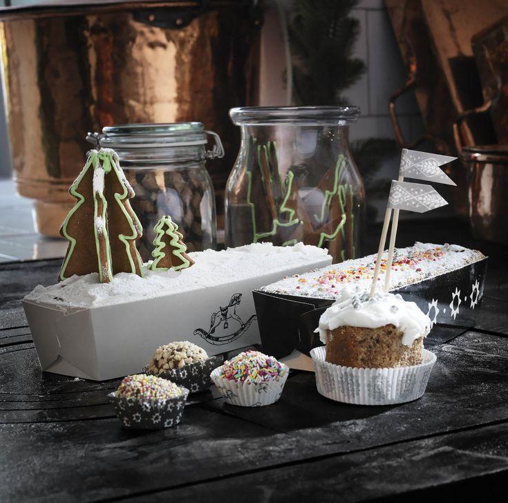 VINTER bakvorm | #IKEA #IKEAnl #kerst #bakken #papier #zwart #wit #winter #opdruk #ster