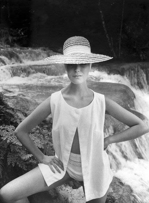 Fashion photos by Tom Palumbo, dating back to the 1950′s.