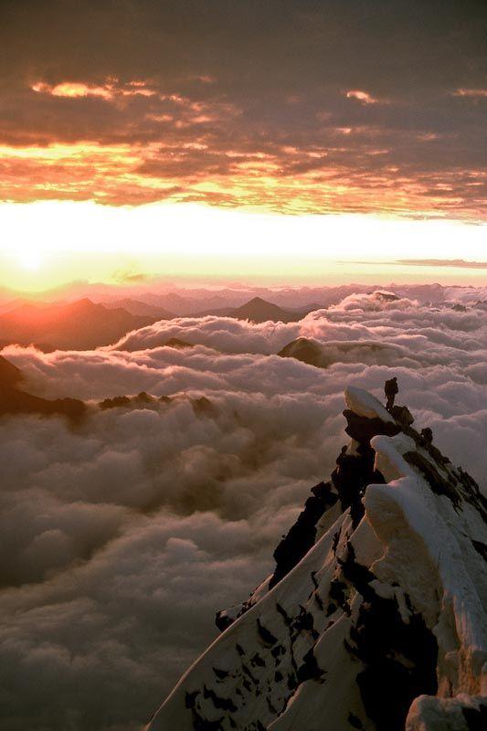 Alpine dawn, Gross Glockner, Austria   © Dave Willis